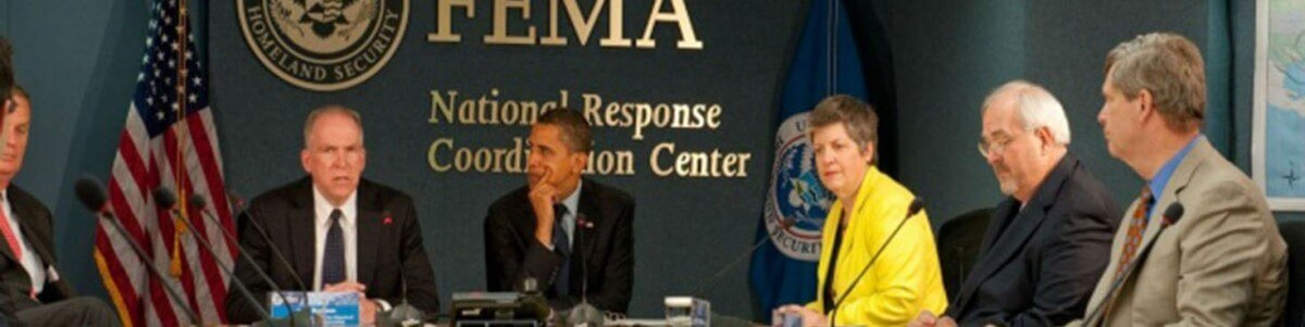 fema_-_41224_-_president_obama_visits_fema_headquarters-1